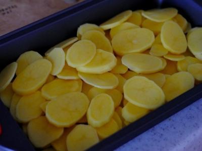Форель под чесночным соусом