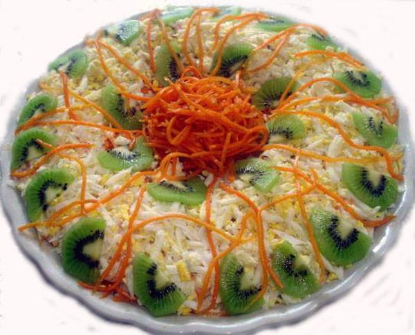 Салат с кики