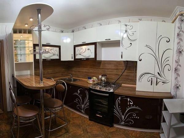 Барная стойка в интерьере кухни 15