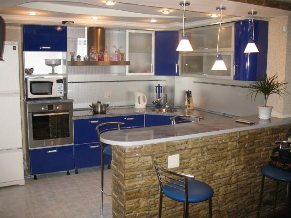 Барная стойка в интерьере кухни 5