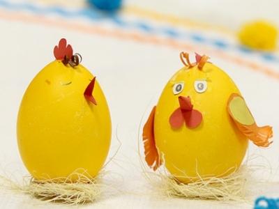 Как покрасить яйца на пасху своими руками