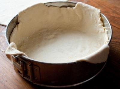 Пирог с мясом и сыром 5