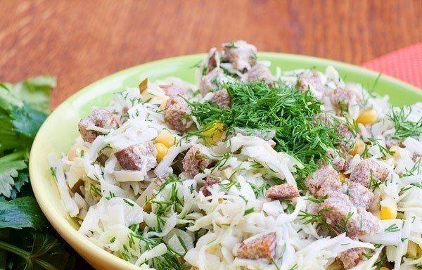 Салат из сельди с сухариками