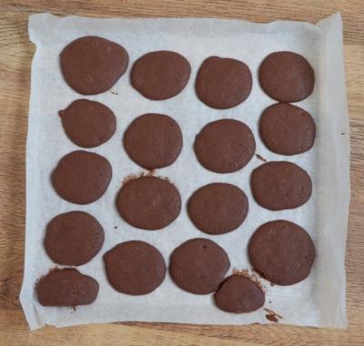 Шоколадные Whoopie со сливками 6