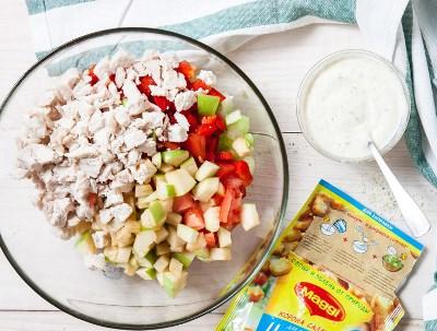 Салат с сельдереем, яблоком и куриным филе 6