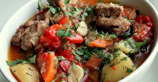 Хашлама из говядины с картофелем