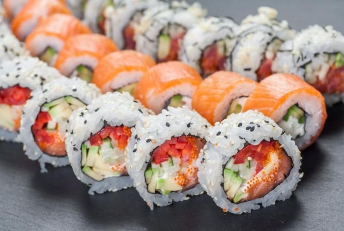 Доставка японской еды – суши-бар на дому